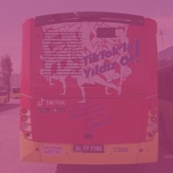 TikTok Bus Superback - Outdoor Marketing